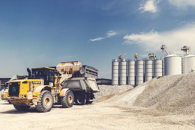 Concrete equipment / concrete machinery